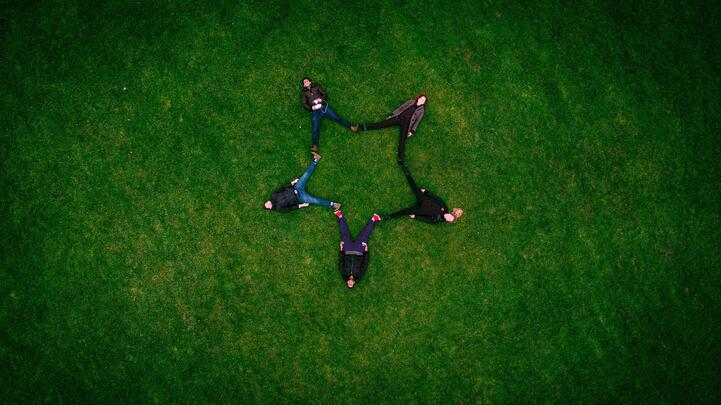 Mentoring a team: Putting the 'I' in team