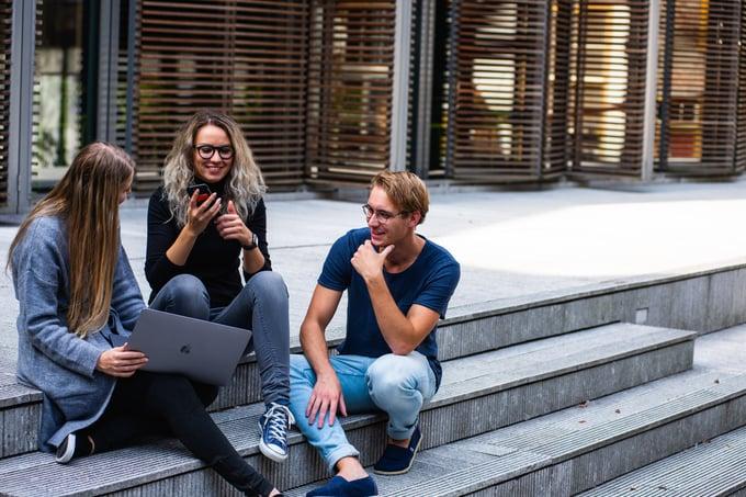 Drie ervaringen die je elke millennial in een talentprogramma gunt
