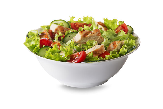 Repas équilibré rapide : la salade, le plat snacking qui a le vent en poupe!