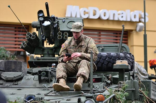 armored-vehicle-army-close-up-89112