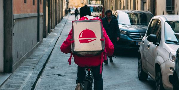 delivery driver headed to dark kitchen, cloud kitchen, ghost kitchen