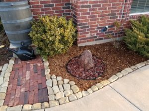 Should I Landscape with Stones or Mulch?