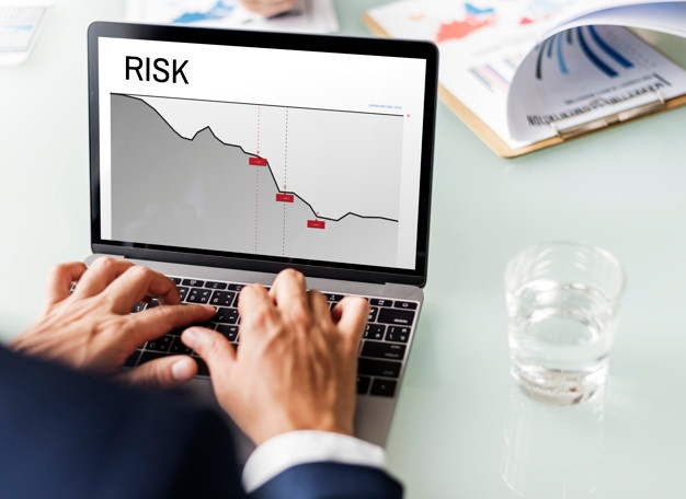 graph-business-financial-investment-risk-word_53876-14479