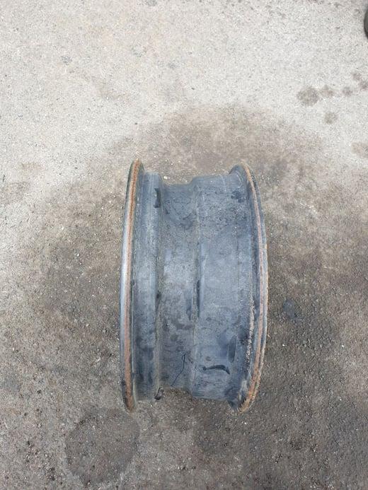 wheel rim 5 stud 2
