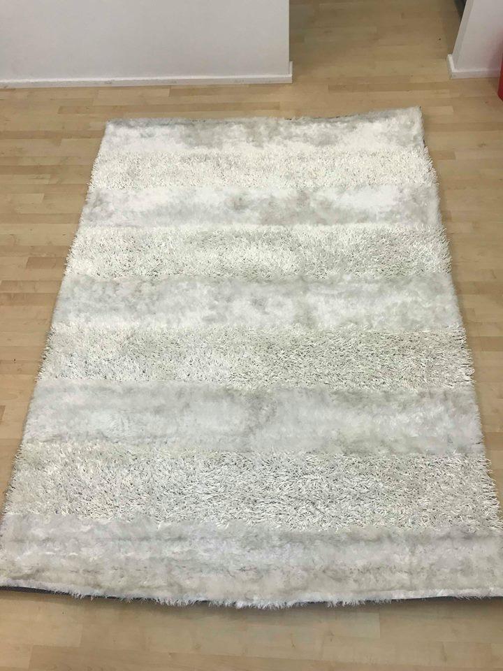 white rug 2