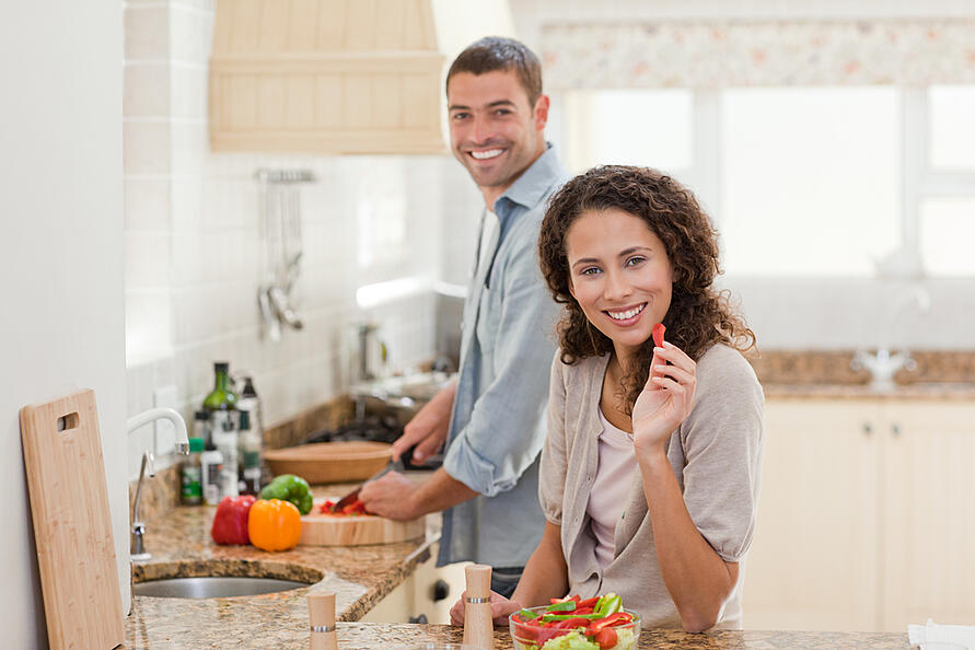 couple-making-food