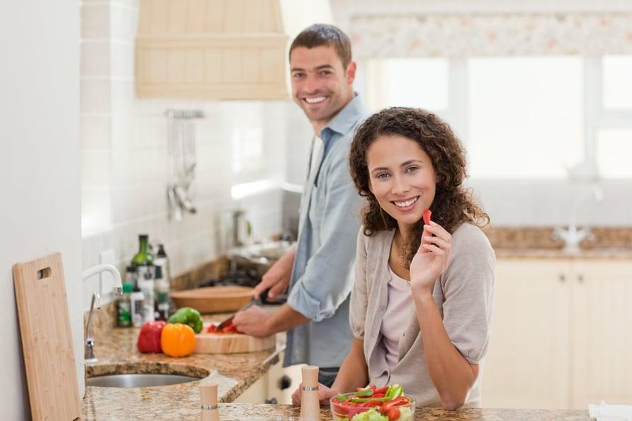 couple-making-food