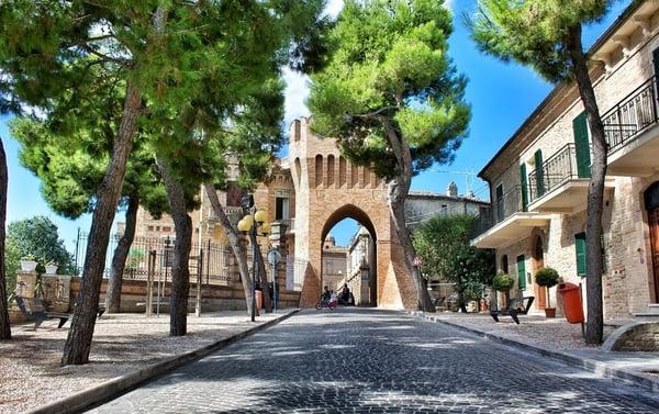 DHvillas-Campofilone the town of Maccheroncini