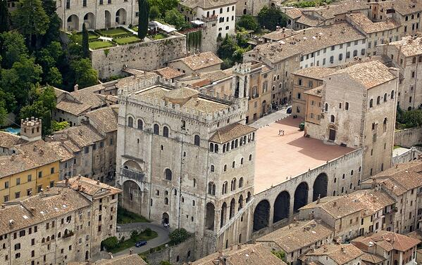DHvillas-Gubbio an ancient medieval town
