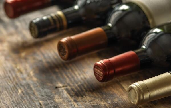 DHvillas-How to organize the best wine tasting tour in Italy discovering Le Marche Region wines