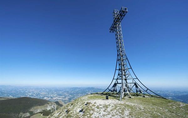 DHvillas-Idea di viaggio destinazione Monte Catria-1