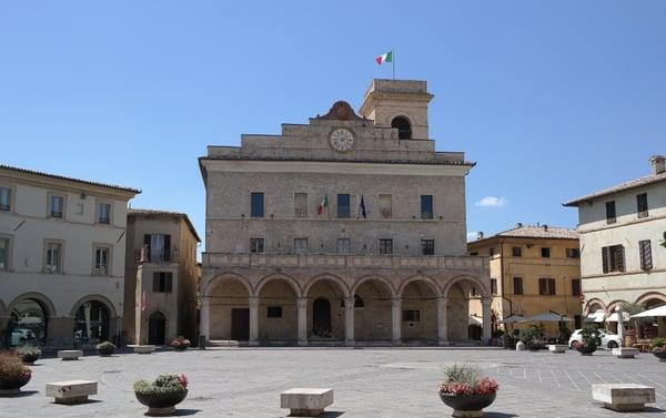 DHvillas-Montefalco the railing of Umbria