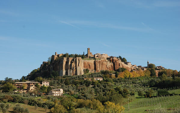 DHvillas-Orvieto the city built on tuff rock