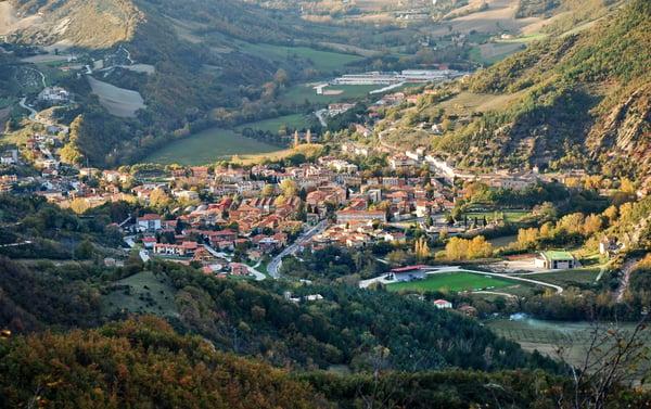 DH Villas - Piobbico and Brancaleoni Castle