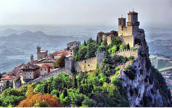DHvillas-San Marino a Republic within the Republic
