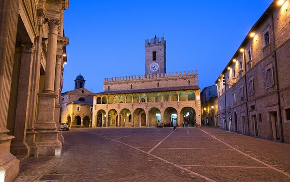 DHvillas-Things to see in Offida the town of Piceno wine