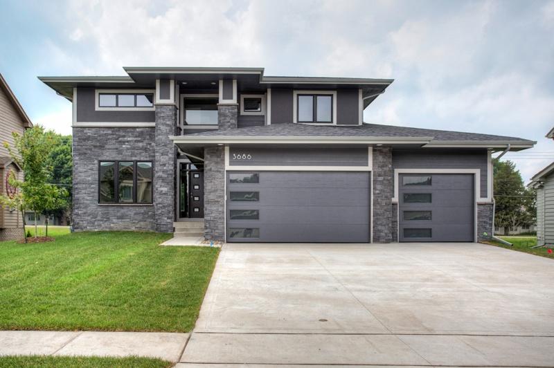 Garage Door Repair Ankeny Select A Unique Garage Door In Des Moines Set  Your House