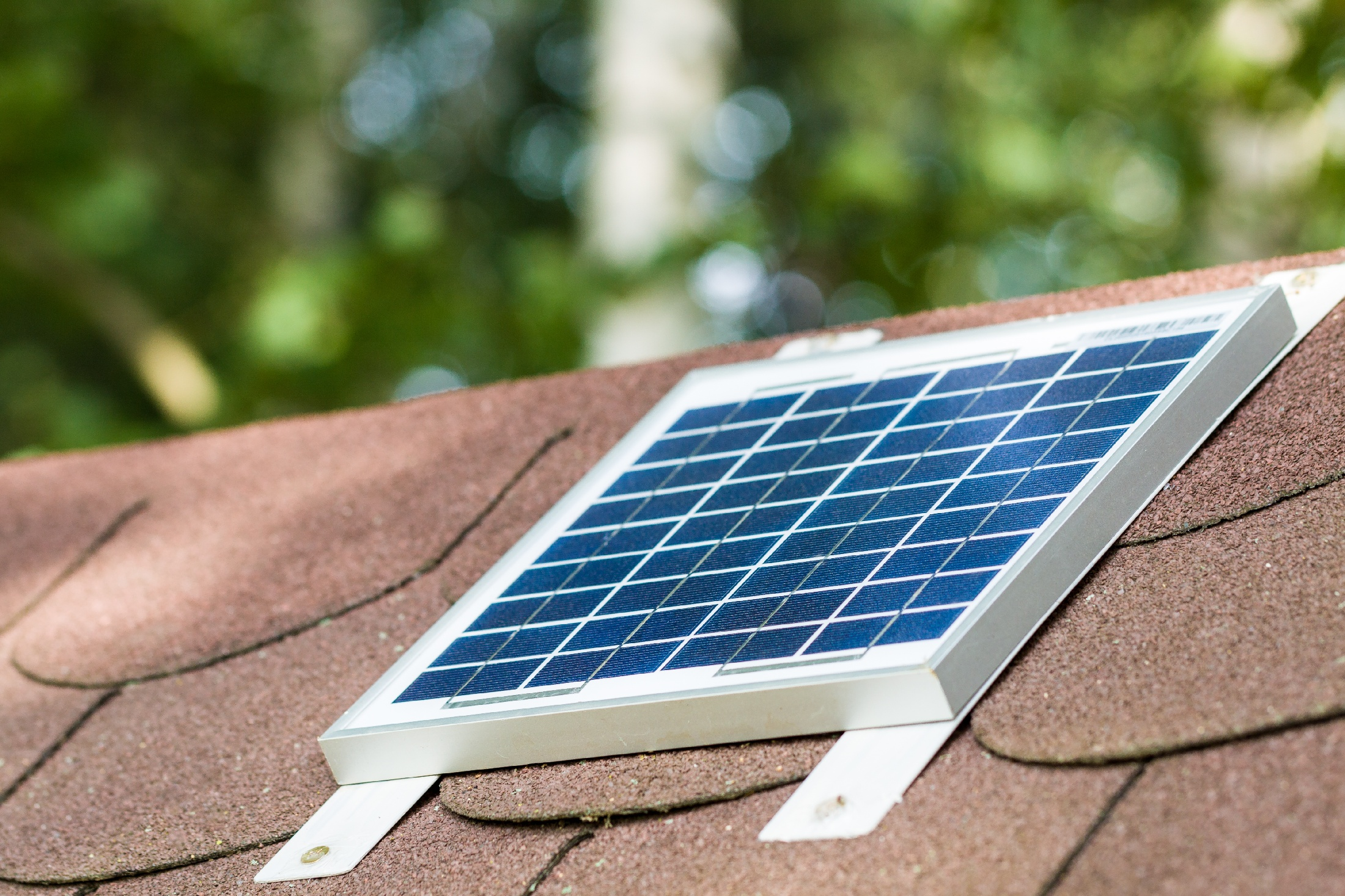 image representing All You Need to Know about Portable Solar Power for Rental Properties