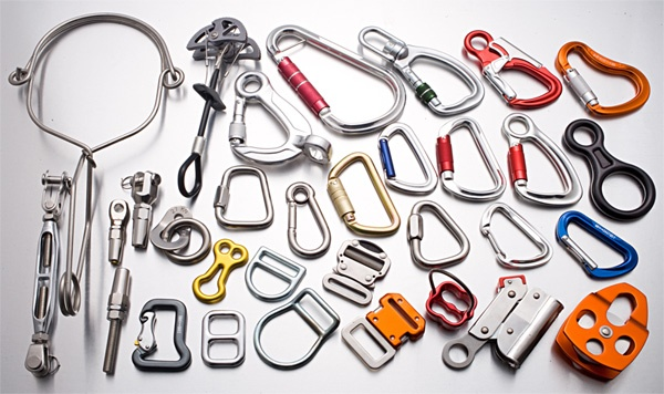 Carabiner clips and swivel snap hooks are designed to connect things together.