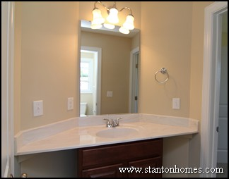 What is a jack and jill bathroom house plans with jack for Master bathroom jack and jill
