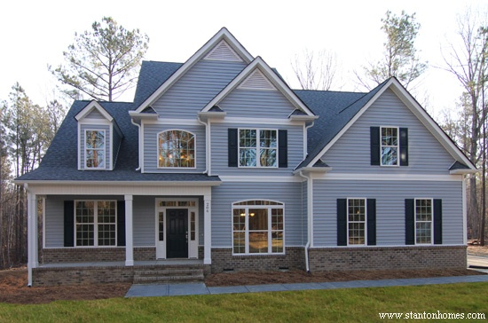 How to choose a blue or gray exterior color for Vinyl siding and shutter color combinations