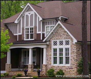 Most popular types of window grids prairie colonial for Types of colonial homes