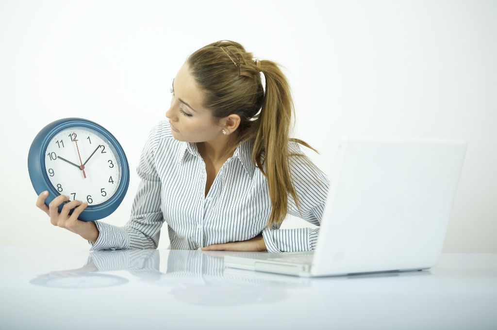 What Payroll Should Ask Before Buying an Employee Time Clock