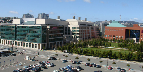 800px-ucsf-mission_bay_campus-resized-600.jpg