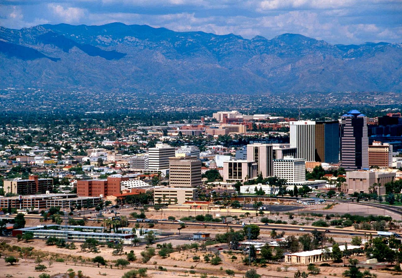Market lab suppliers to well-funded life science researchers at the University of Arizona, Tucson.