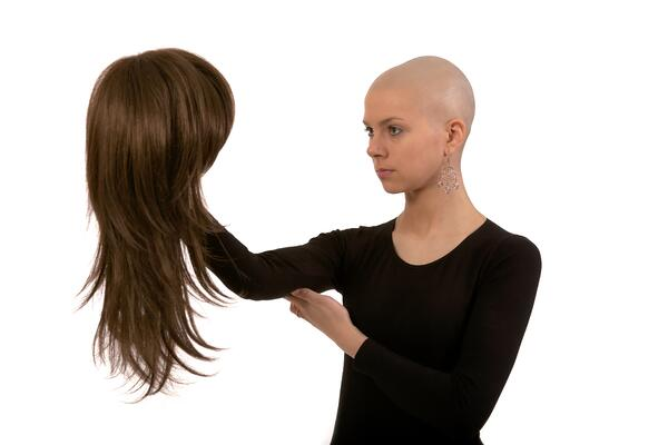 To Wig or Not to Wig During Cancer Treatment