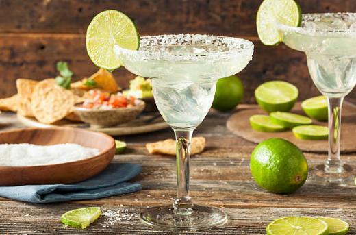 On the Rocks vs. Frozen Margaritas on Cinco De Mayo