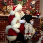 Free Santa pictures at Deanie's Seafood in the Fench Quarter