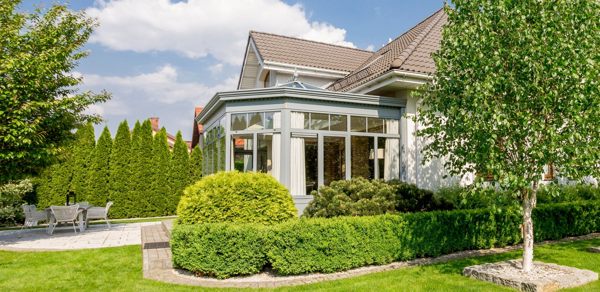 What's the difference between uPVC and Aluminium Conservatories?
