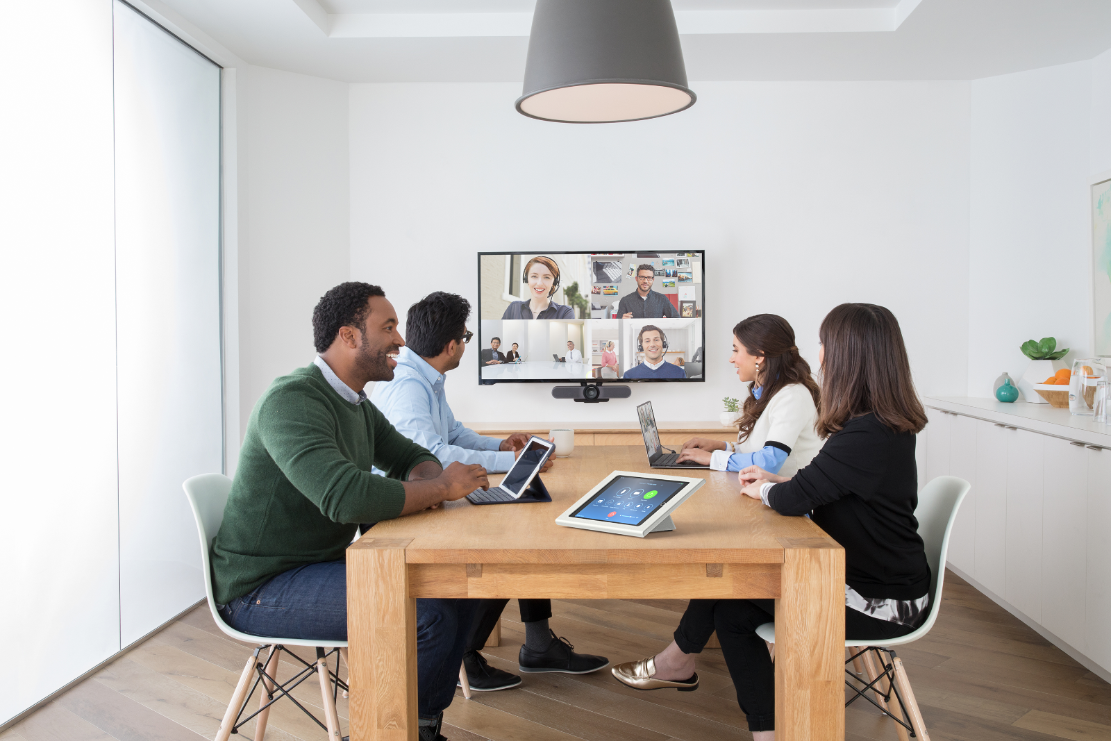 Top 3 Video Collaboration Solutions To Consider For Improved Meetings.