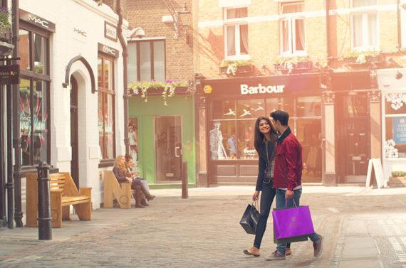 PI-shopping-in-London-570x377