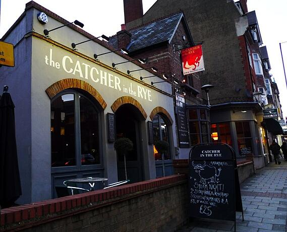 Exterior of Catcher and the Rye pub in Finchley