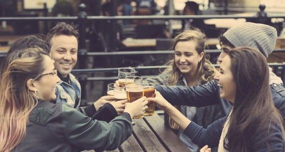 pub-friends-f