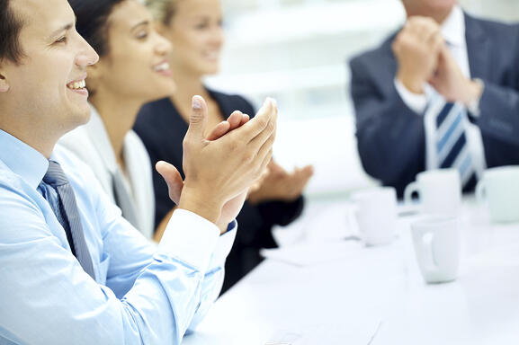 clapping-at-conference