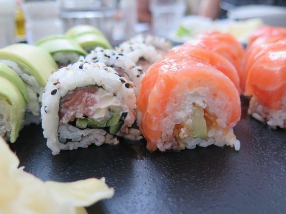 sushi_dinner_eat_japanese_food_seafood_fish_rice-838192