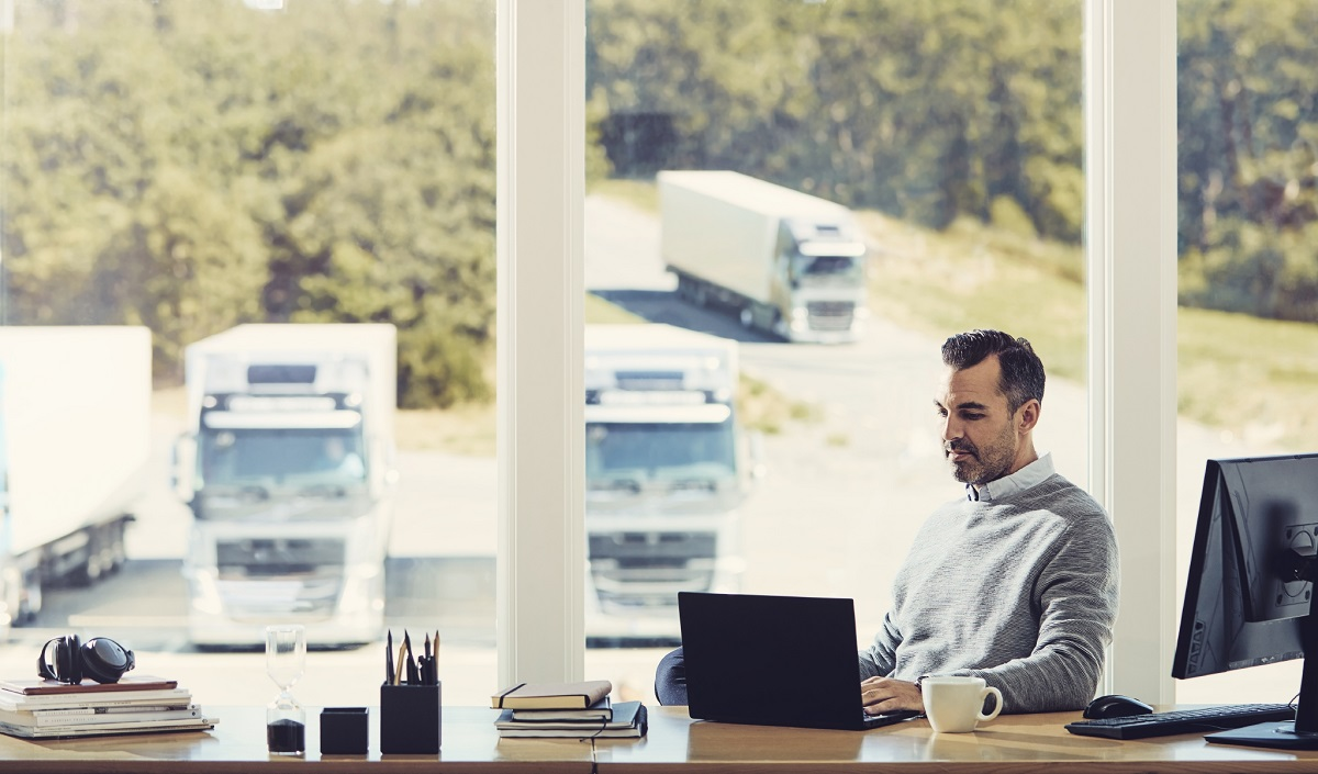 How can digitalization transform the trucking industry and your business?