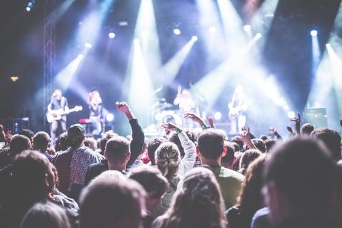 Cap sur Nuits Sonores, le festival qui électrise les foules à Lyon !