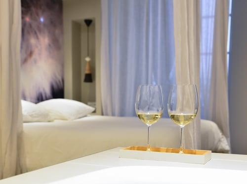 Une nuit de noces urbaine et romantique à Lyon avec MiHotel...