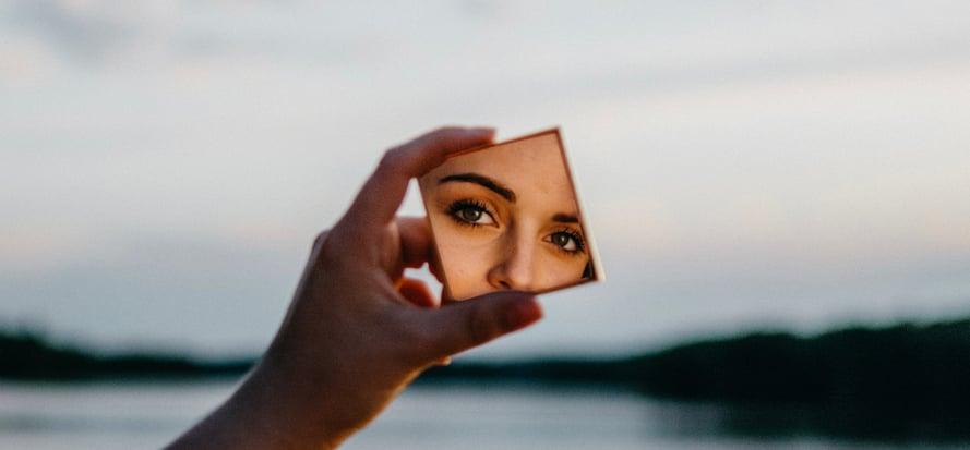 Sai guardarti allo specchio? Hotel Klinik - G&A Group - Consulenza Marketing e commerciale - Trento e Trentino Alto Adige