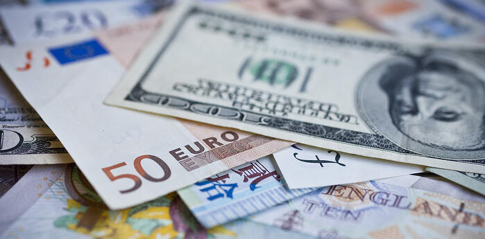 When's the best time to buy foreign currency in June?