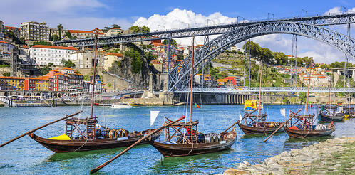 living-in-portugal-boats-river