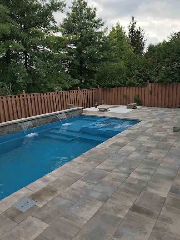 Vaughan Savoy Project: Leisure Fiberglass Pool – Limitless 26′ Splash & Spa