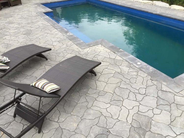 Leisure Elegance 30′ Fiberglass Pool
