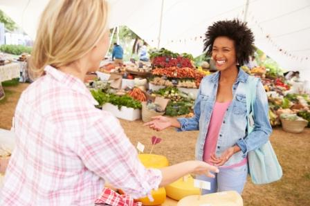 Two_Happy_Females_at_the_Farmers_Market.jpg