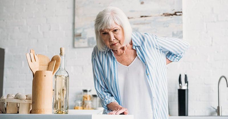 キッチン作業は年々疲れやすくなる?身体にやさしいキッチン収納のポイント