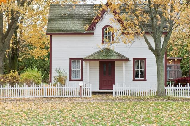 How to Prep Your Yard for Fall Weather